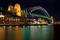 Brücke in Sydney bei Nacht