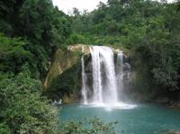 Wasserfall auf Haiti