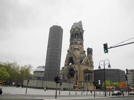 Alte und neue Kaiser-Wilhelm Gedächtniskirche