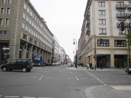 Friedrichstraße gen Süden in Richtung Kreuzberg