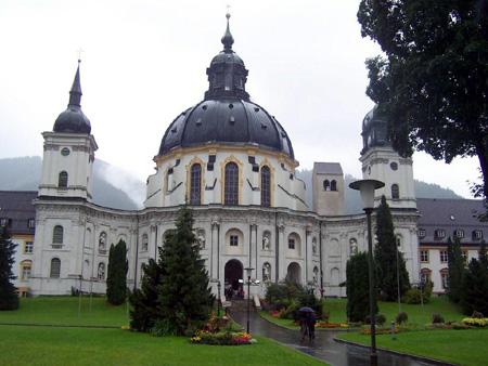 Die runde Klosterkirche Ettal