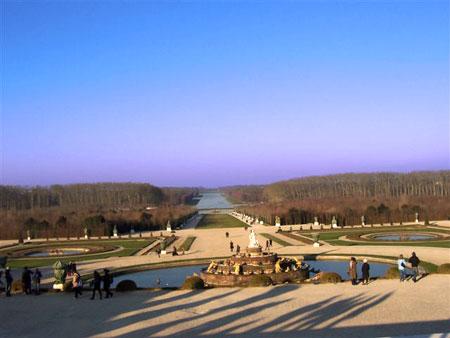 Im Schloßpark von Versailles kann man wundervoll spazierengehen...