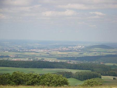 Blick von der Maulkuppe auf die Stadt Fulda