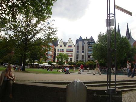 Altstadt und Rheinpromenade