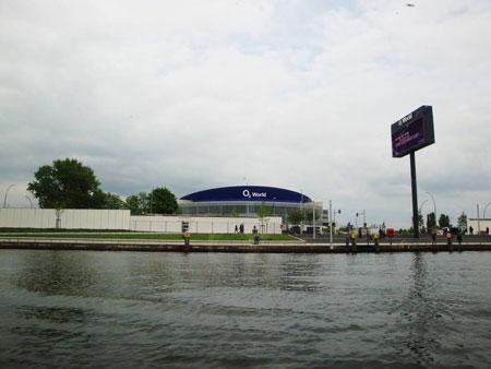 Die O2 World, eine riesige Veranstaltungshalle