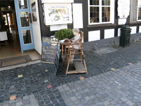 Alter Kinder-Hochstuhl in  Tecklenburg
