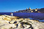 Malta: Blick auf das Meer und Valetta