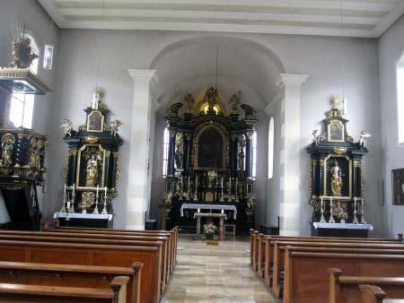 Der Kirchen-Innenraum