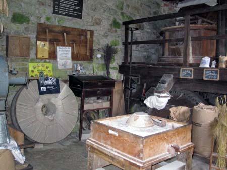 Alte Müllerwerkzeuge