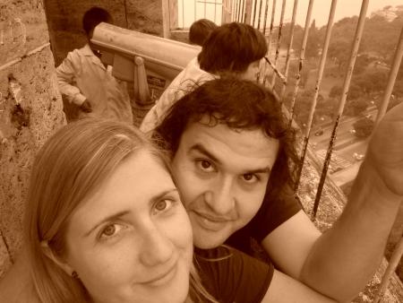 Auf dem Monument in Rosario mit Lisandro