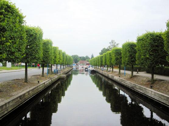 Kanal am Hafen von Aurich