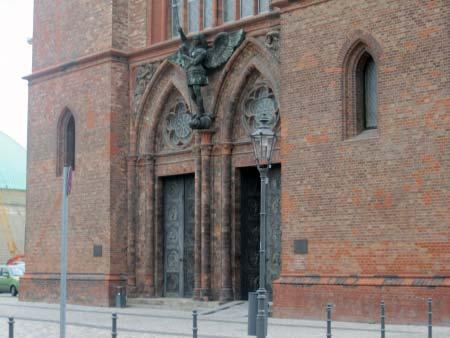 Das Kirchen-Portal
