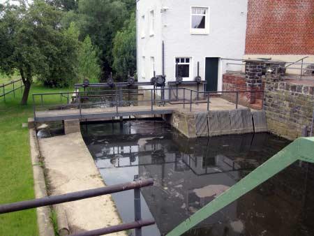 Doppelstöckige Mühle