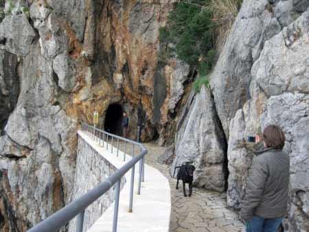 Fußgänger-Tunnel