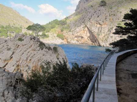 Fußweg zur Bucht