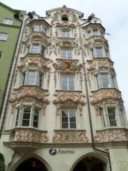 Helblinghaus mit der prunkvollen Stuckfassade