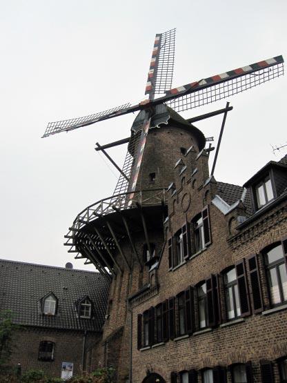 Windmühle im Zentrum