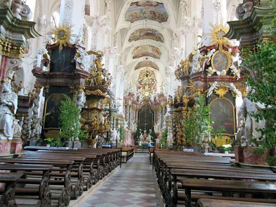Im Innern der Klosterkirche St. Marien