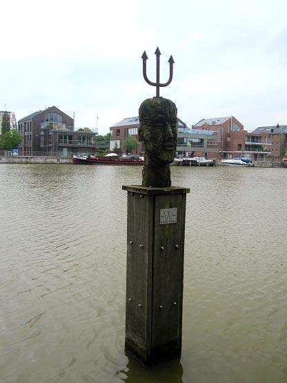 Hafen Denkmal in Leer