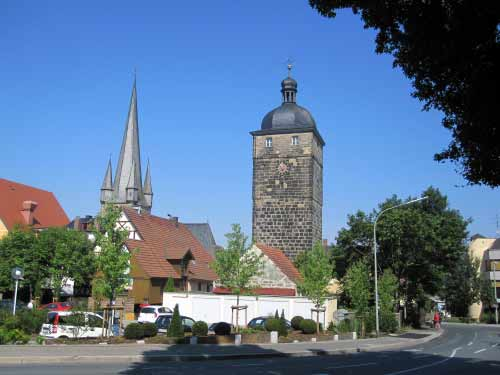 Lichtenfels: Oberer Torturm und Pfarrkirche