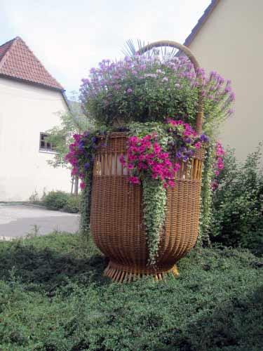 Herrlicher Blumenkorb