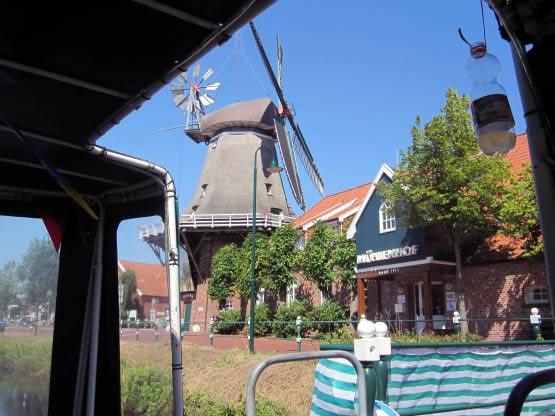 Mühle mit Mühlenhof Hotel vom Pfannkuchenschiff aus