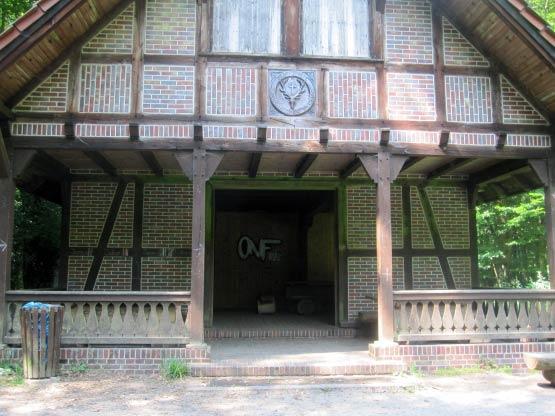 Neuenburger Urwald Schutzhütte