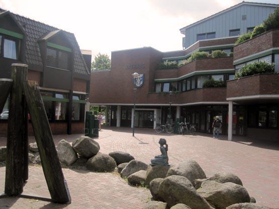 Neues modernes Rathaus