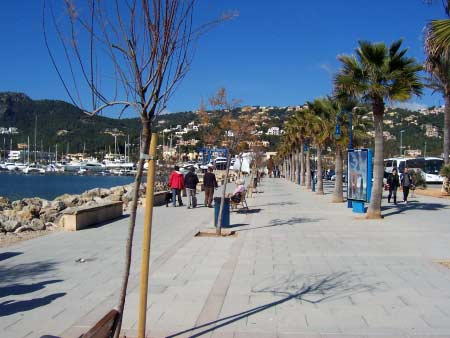 Promenade Andratx Hafen