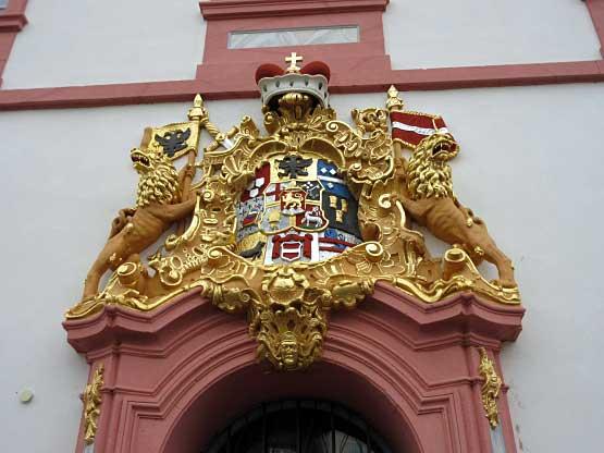 Prachtvolle Goldornamente als Verzierung der Abtei