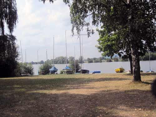 Segelhafen und Schwimmbad am Reundorfer See