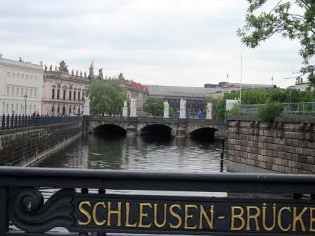 """border=""""1""""Schleusenbrücke"""