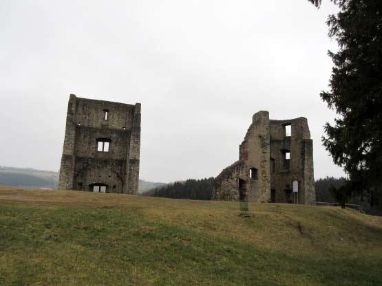 Ruine ziemlich zerfallen