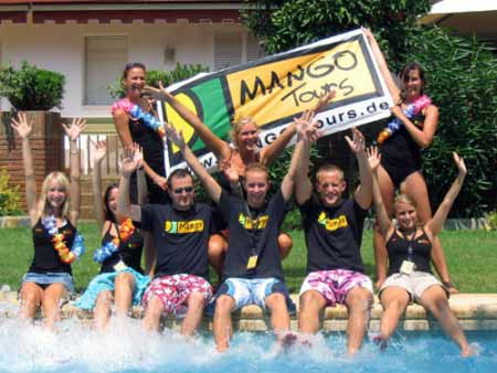 Team Mango tours