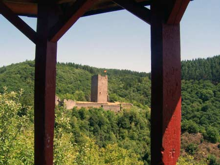 Turm Burg Manderscheid