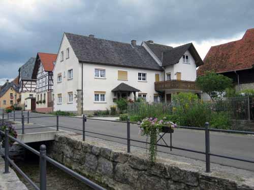 Kirchweg Uetzing