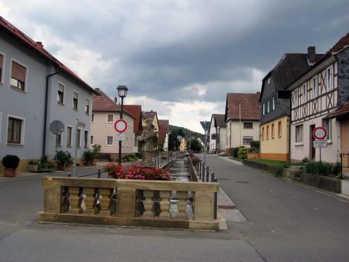 Uetzing - Kirchweg