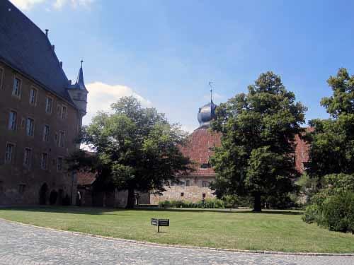 Burg-Innenpark
