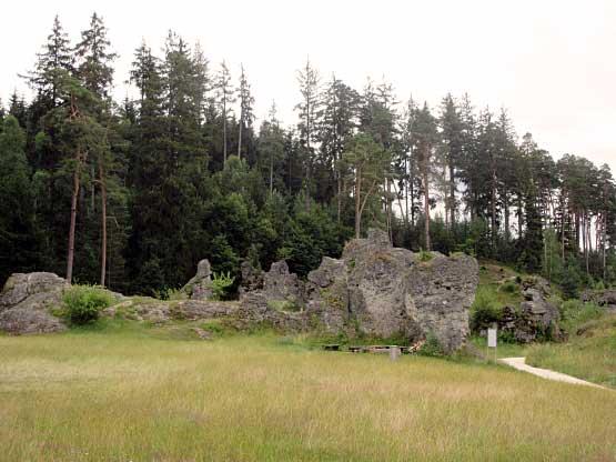 Wental Felsgruppen am Wanderweg