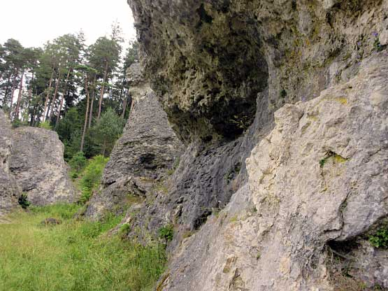 Felsüberhang im Felsenmeer Wental