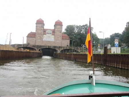 Weser Schachtschleuse